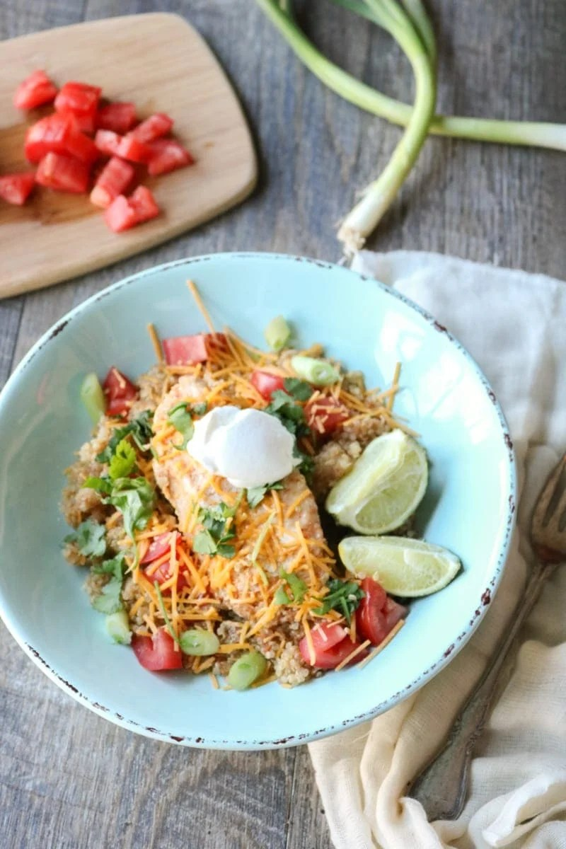 Chicken Burrito Fajita Bowl: Kitchen staples come together to create protein and nutrient packed one pot wonder tastes just like a chicken fajita, all ready in less than 30 minutes. Gluten-Free with Dairy-Free Options as well.