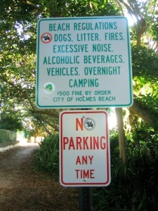 Holmes Beach regulation sign
