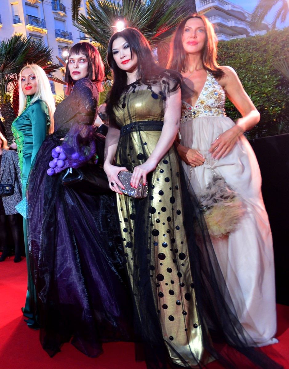 Amira Bergmann, Xena Zupanic, Violetta Smikalina, Uthe Bacher , actress by 4SuckerS film in Cannes, red carpet