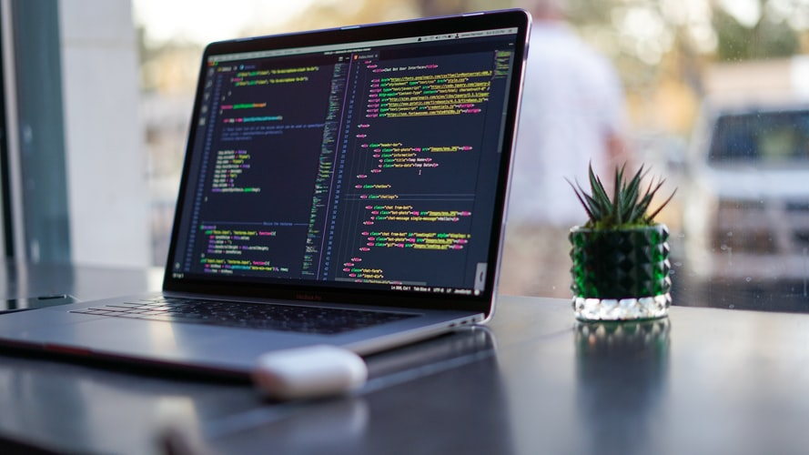 What is a Programming Language and Different Popular Types