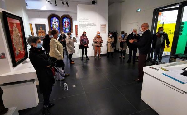 visite de l'exposition organisée par les Amis du Musée de Béthune