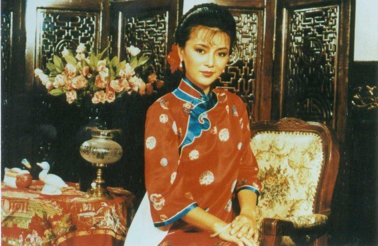 Idy Chan Yuk Lin 22