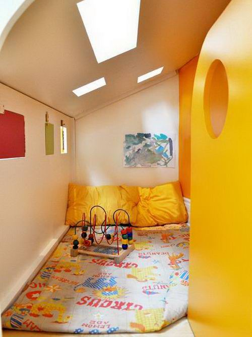 Kids-Playhouse-next-to-a-stair-Yellow-in-small-space