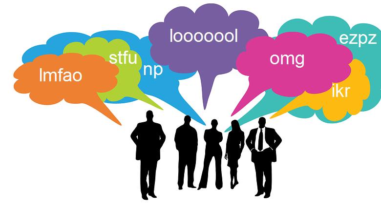 10 أشهر اختصارات للغة الشات يستخدمها رواد مواقع التعارف والتواصل الاجتماعي