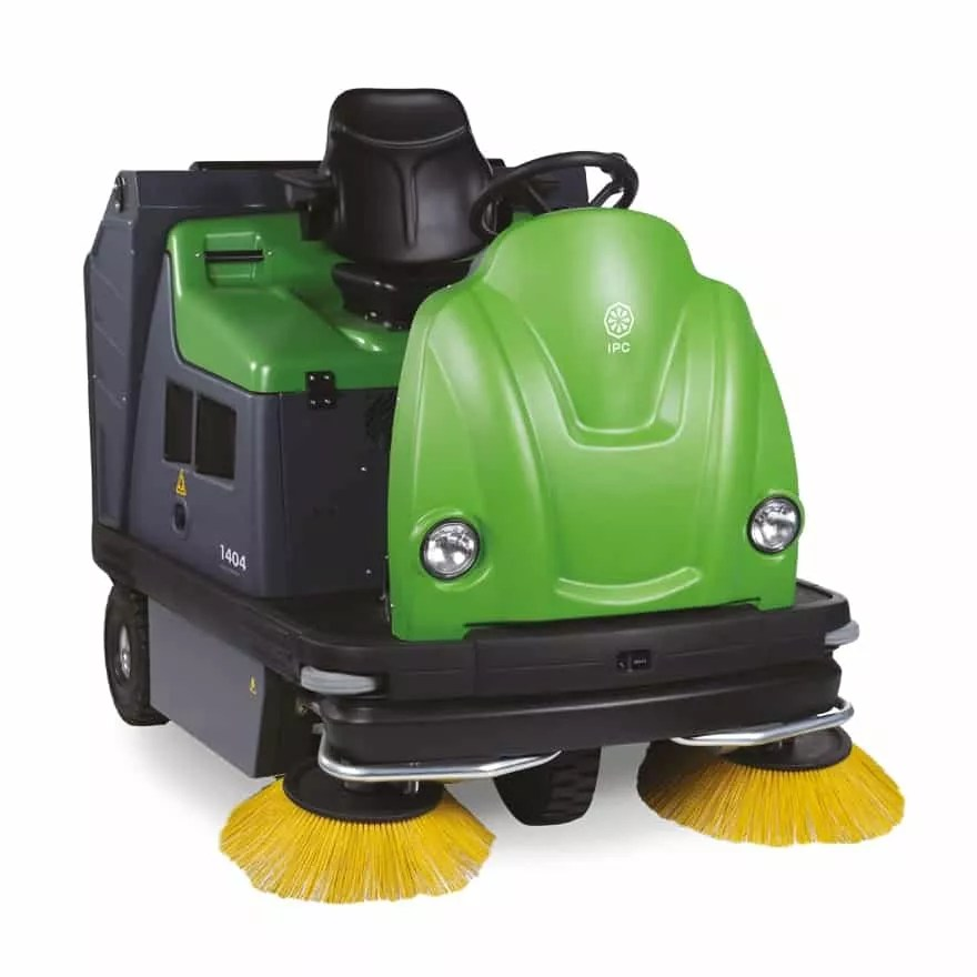 ipc-1404-floor-sweeper-rider-aml-equipment