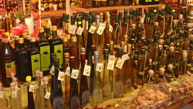 Olivenöl und Honig auf dem Markt