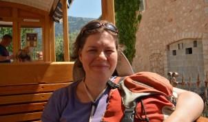 Ines im Orangen-Express