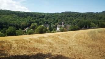 Kloster Kiedrich versteckt