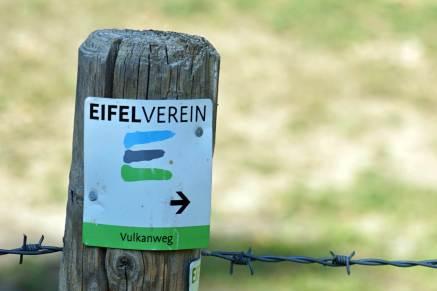 Zeichen Vulkanweg