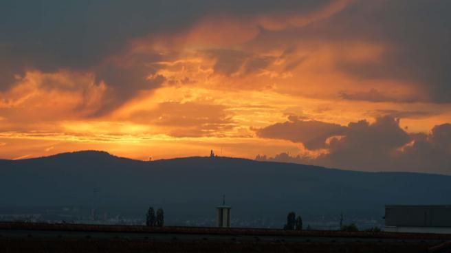 Sonnenuntergang über dem Feldberg