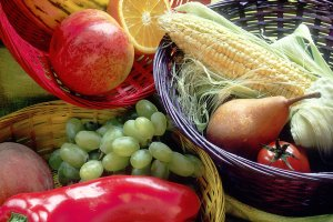 17443-fruit-and-vegetables-basket-pv