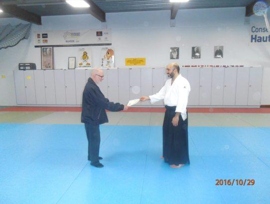 Remise du diplôme 2ème Dan par notre Sensei Pierre Roussel-Galle à Yavuz Toklu membre du club.