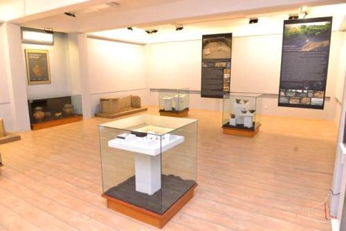 """Отворање на археолошката изложба """"Некрополите на Мали…"""