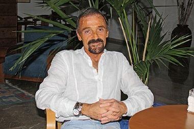 إدواردو تريجوبوف ، طبيب متخصص في طب الأورام