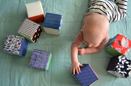 DIY fabric baby blocks christmas gifts for kids