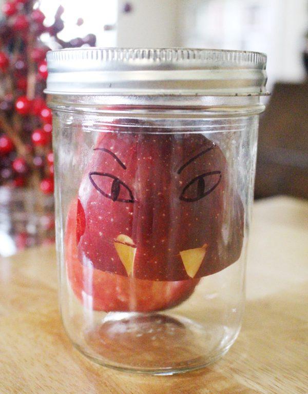 Healthy halloween treats - Vampire apples