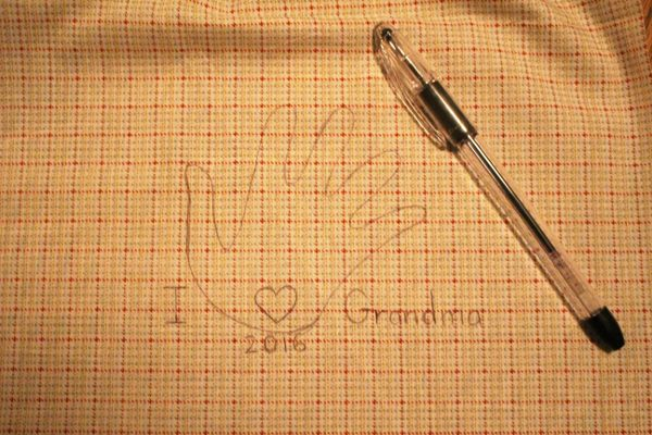 handprint embroider pattern for mothers and grandmothers