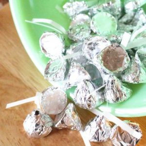 homemade chocolate kisses with natural sweeteners
