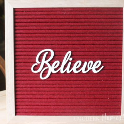 """Christmas """"Believe"""" in Cursive Font for Letterboards"""