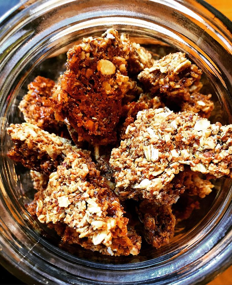 cracklin granola