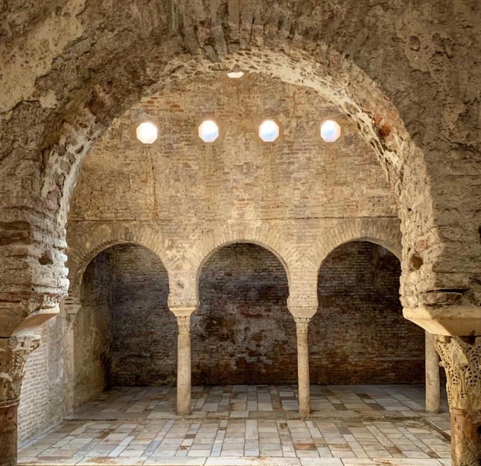El Bañuelo baños árabes tradicionales