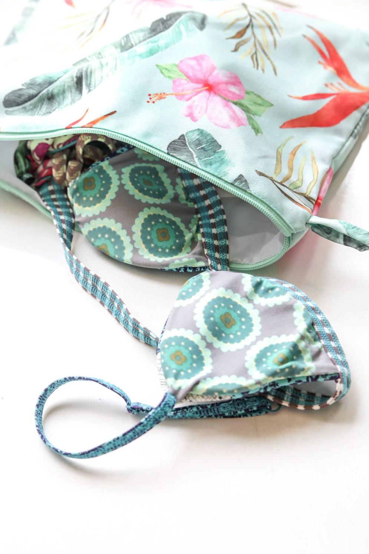 swimsuit-pouch
