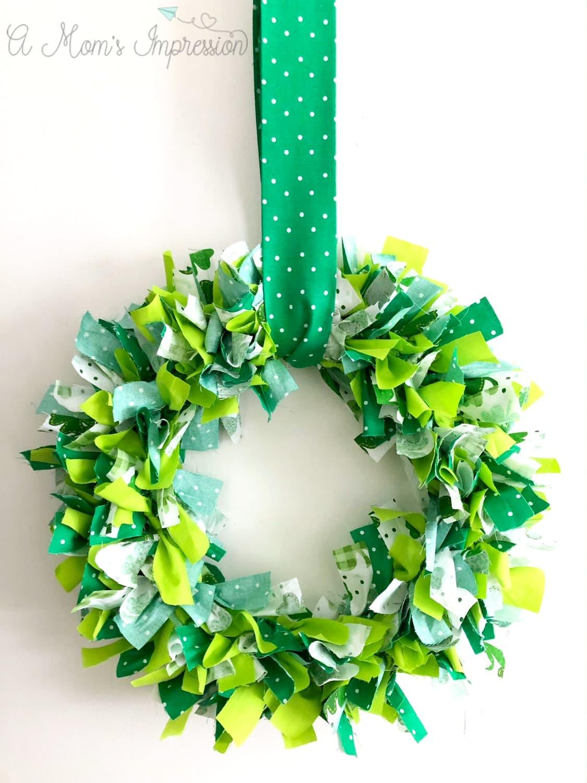 How to Make a Shamrock Wreath
