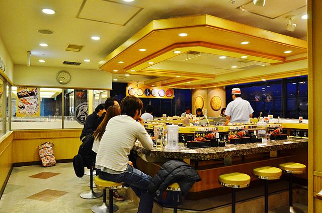 海鮮三崎港迴轉壽司, 成田機場美食推薦, 成田機場用餐推薦, 成田機場平價美食, 東京機場壽司推薦