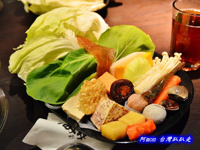 輕井澤鍋物, 公益路美食, 台中火鍋推薦, 公益路火鍋推薦, 輕井澤鍋物菜單