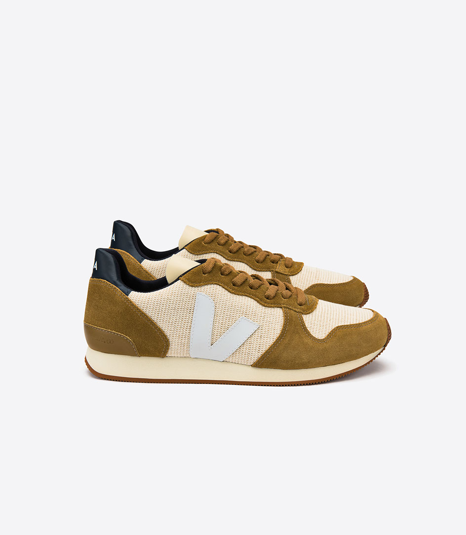 Baskets Holiday Low top jute camel white Veja