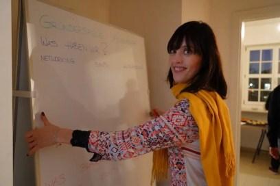 Sarah Lay, Seetalent