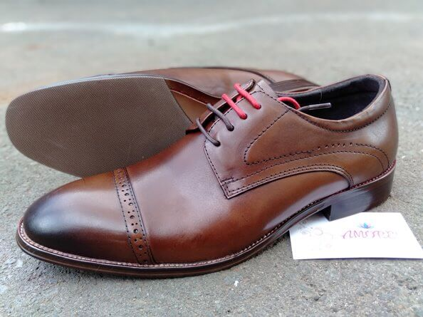 Brown red laced suit shoe