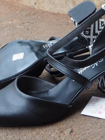 Tribal back heel