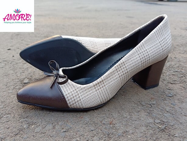 NUDE BROWN CHECKED HEEL