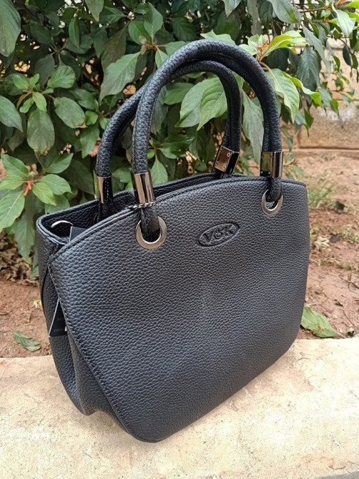 Black petite bag