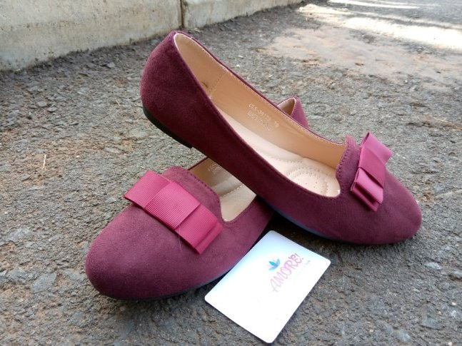 Maroon suede with bow doll shoe