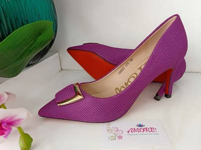 Purple woven heel