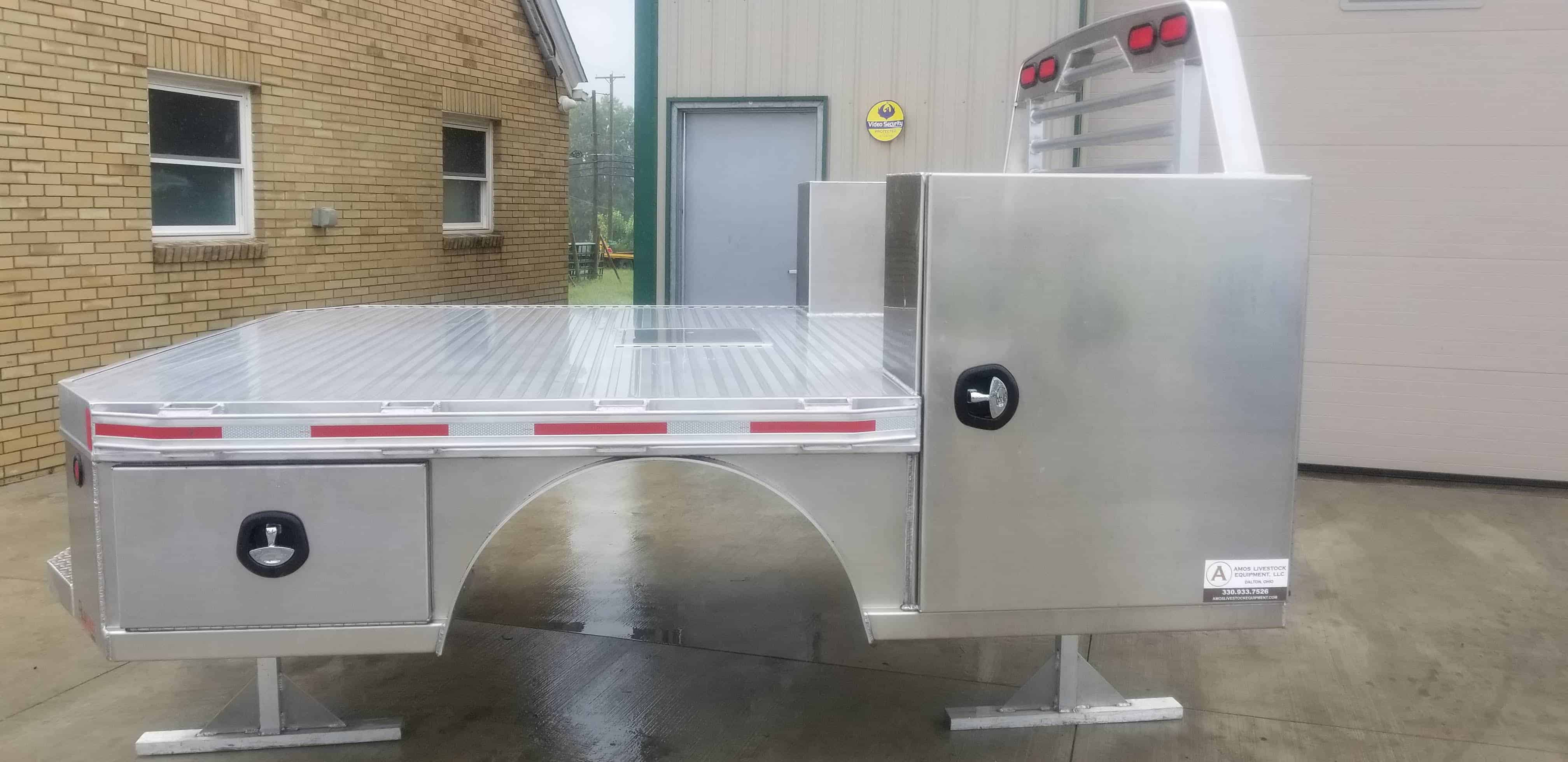 Alumax Skirted Vertical Box Flatbed 96 Quot X 112 Quot 60 Quot Cab