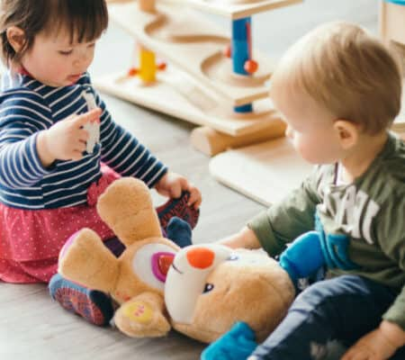 The Real Pros And Cons Of Having Babies Close Together