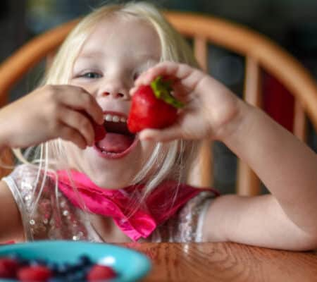 Baby & Toddler Snacks – The Best Times, Rules And Food Ideas