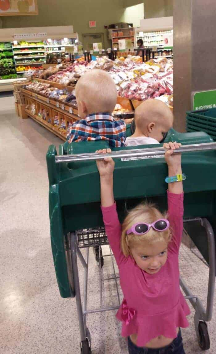 kids at publix 2