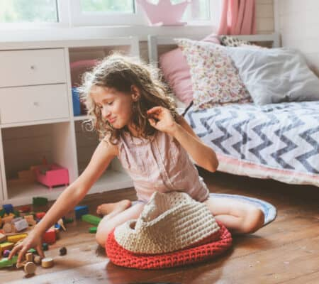 4 Reasons It's Hard for Moms To Teach Their Kids To Clean