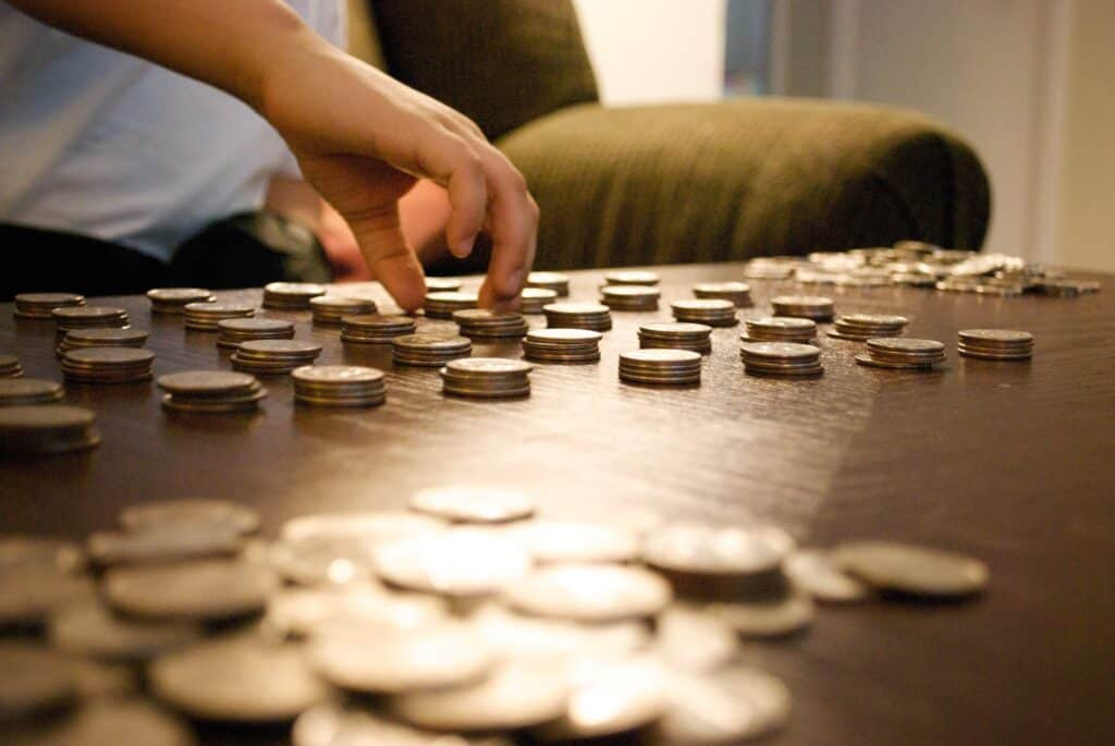 how to make money as a child, kid counting money