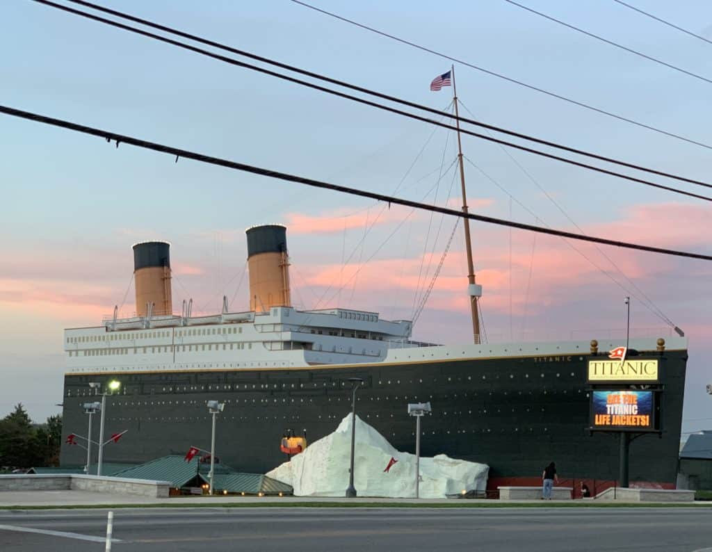 Things To Do In Branson Titanic Museum Attraction