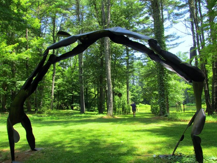 Acrobats sculpture
