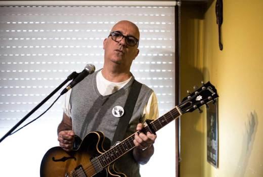 """Nicolás Pastoriza: """"Non preciso máis que facer música ata o día que morra"""""""