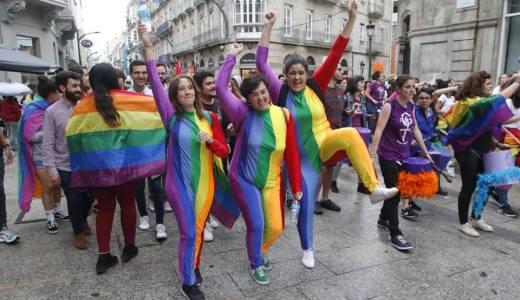 Numerosas actividades ao longo do mes polo Orgullo LGTBI+