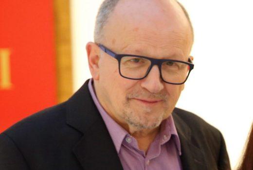 Miguel Fernández-Cid (director do MARCO): 'O online é complementario e non pode substituír ao contacto directo coa obra'
