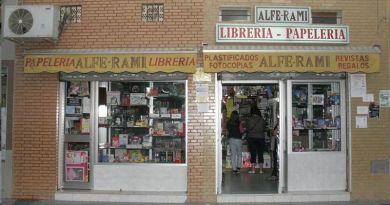 Vista exterior del establecimiento Papelería y Librería Alfe-Rami