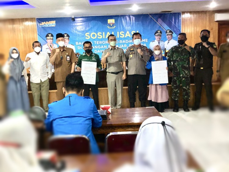 Kesbangpol Jambi Gelar Sosialisasi Bahaya Radikalisme dan Terorisme, Kuala Tungkal Kabupaten Tanjabbar, Selasa (12/10/2021)